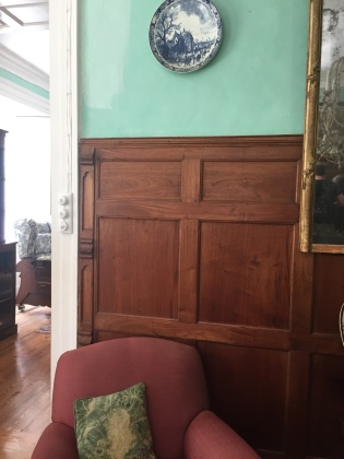Panelling in drawing room - © 2017 Cryssa Bazos