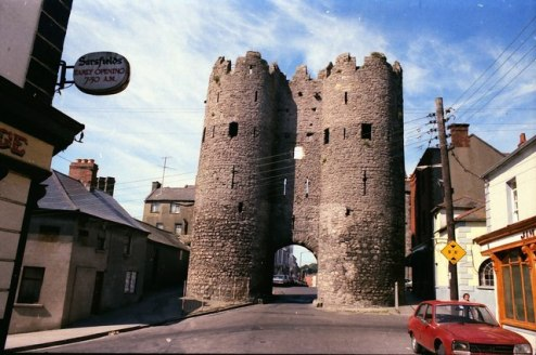 St._Laurence's_Gate,_Drogheda_-_geograph.org.uk_-_1055832